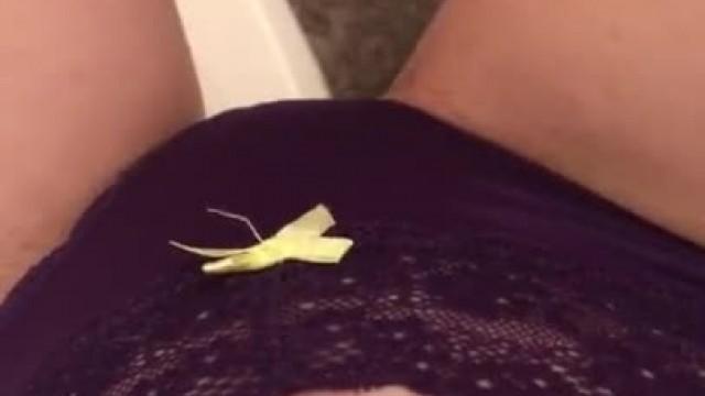 Rubbing my Teen Pussy in the Bathroom