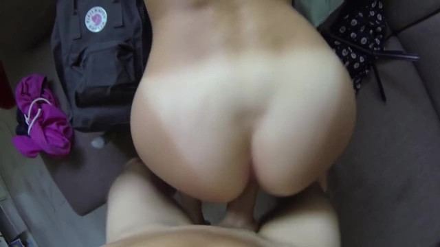 Hot Girlfriend Loves to get Fucked from Behind!