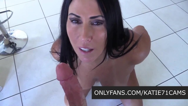 Curvy MILF Pays The Landlord with Hot Fuck