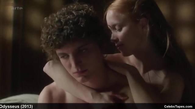 Nude Celebrities in Romantic Sex Scenes
