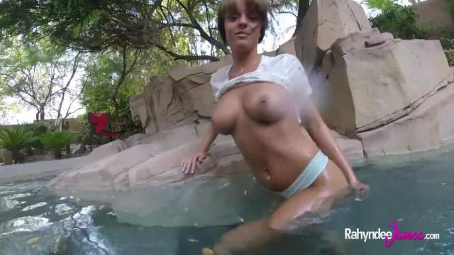 Rahyndee James Fucks in a Pool